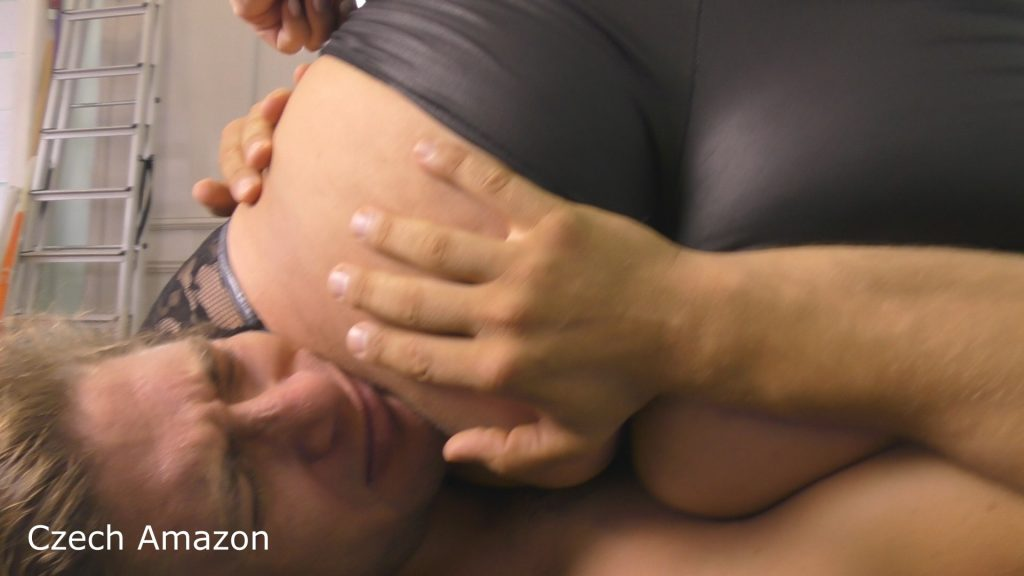 Lucrecia mixed wrestling fetish