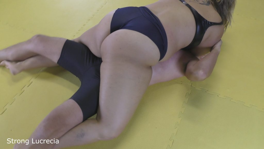 mixed wrestling bbw